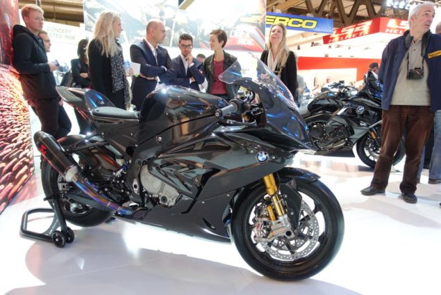 2017-bmw-hp4-race-motofire-02