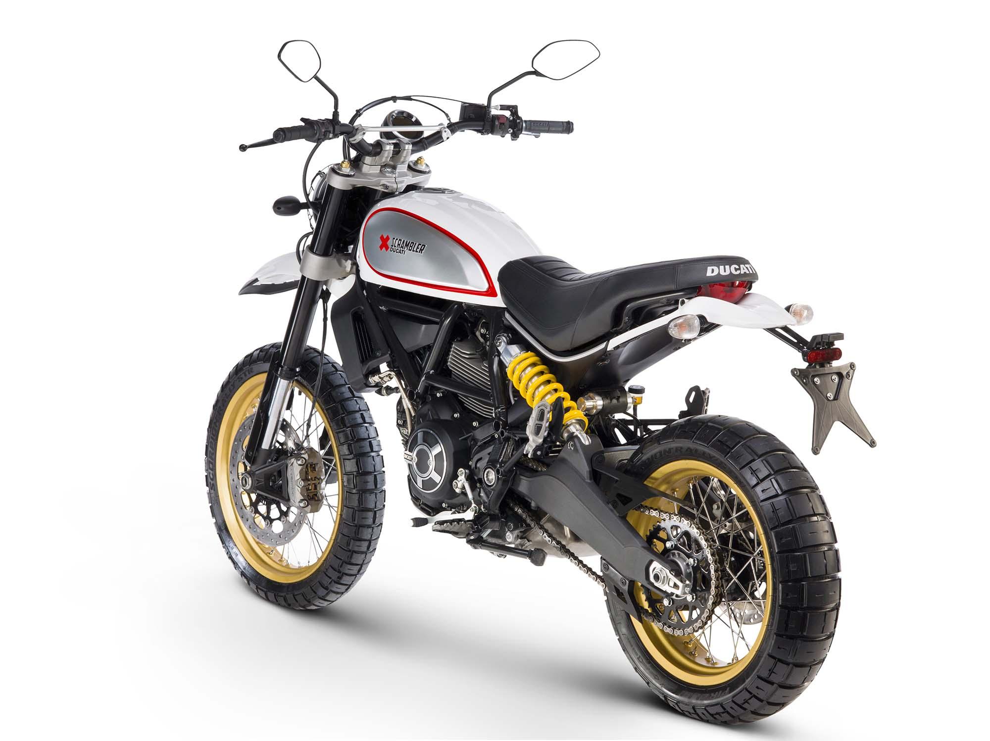 2017 Ducati Scrambler Desert Sled 21