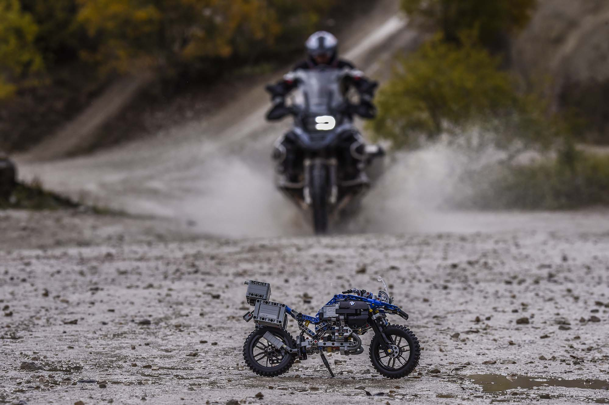 you want this bmw r1200gs adventure made of legos. Black Bedroom Furniture Sets. Home Design Ideas