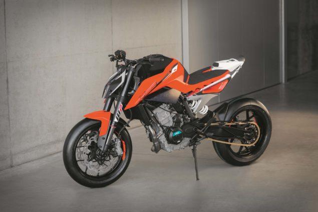 ktm-790-duke-prototype-eicma-06