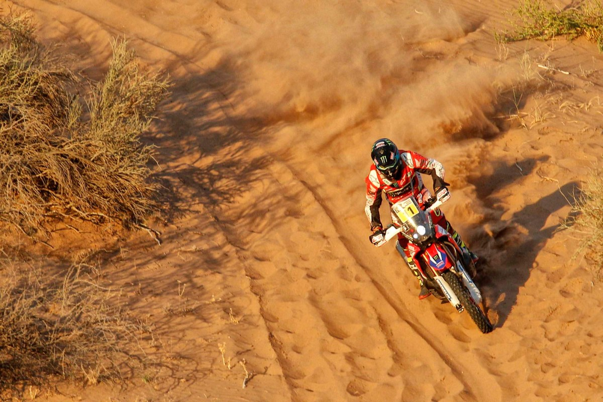 2017 Dakar Rally – Stage 11: Another One for Honda