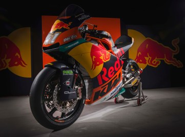 2017-KTM-Moto2-Team-Launch-22