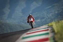 Ducati-1299-Panigale-R-Final-Edition-02