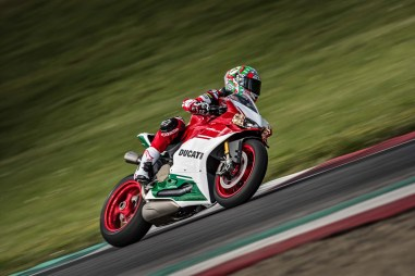 Ducati-1299-Panigale-R-Final-Edition-05