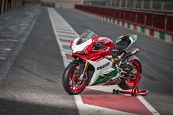 Ducati-1299-Panigale-R-Final-Edition-10