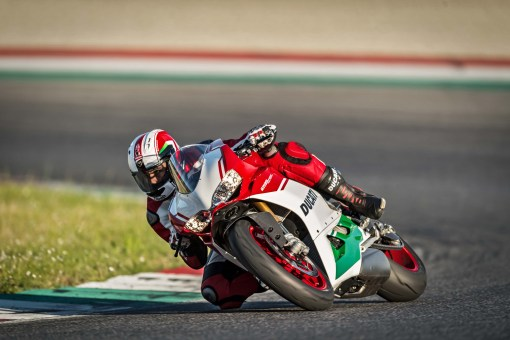 Ducati-1299-Panigale-R-Final-Edition-22
