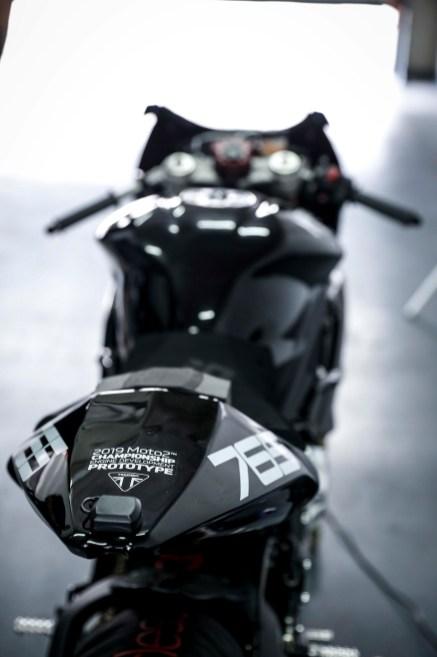 Triumph-Daytona-765-Moto2-test-bike-04