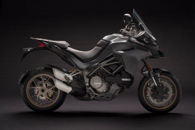 2018-Ducati-Multistrada-1260-grey.jpg?re