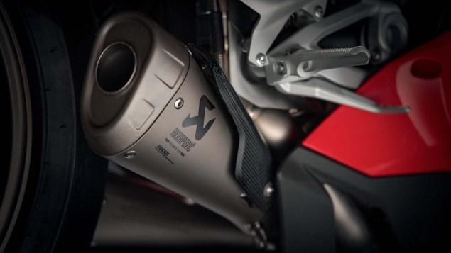 2018-Ducati-Panigale-V4-Speciale-04.jpg?