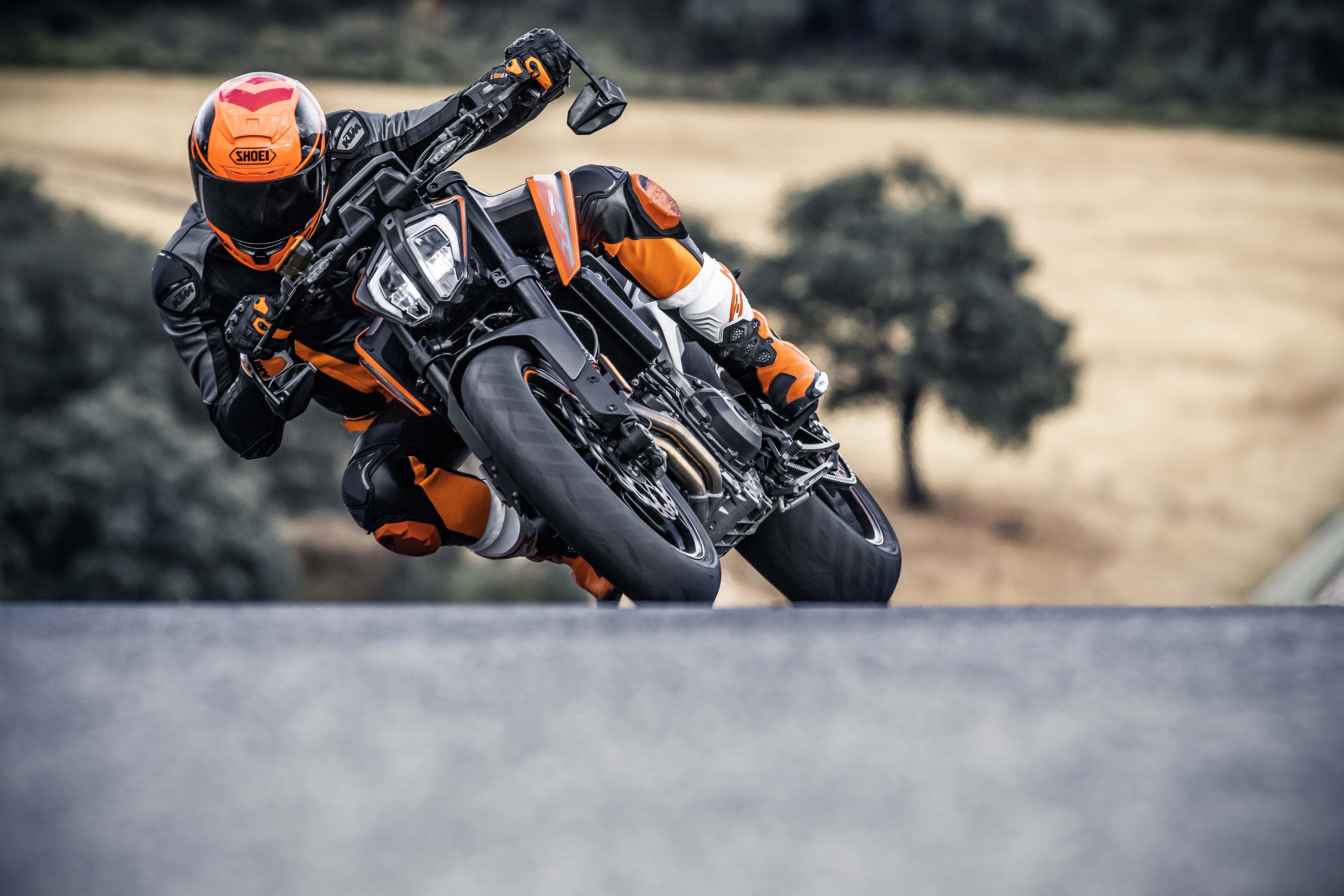 so many photos of the new ktm 790 duke to drool over asphalt rubber. Black Bedroom Furniture Sets. Home Design Ideas
