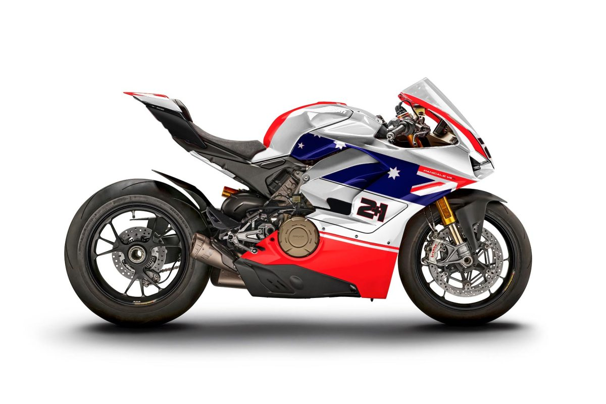 Spicy Meatballs! The Panigale V4 Looks Good in Race Livery