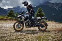 2019-BMW-R1250GS-05