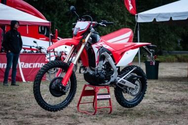 2019-Honda-CRF450L-asphaltandrubber-01