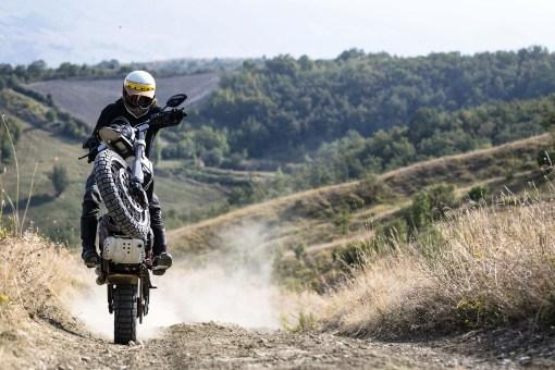2019-Ducati-Scrambler-Desert-Sled-04