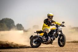2019-Ducati-Scrambler-Full-Throttle-02