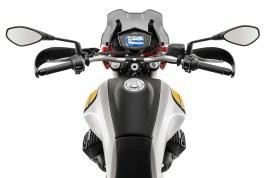 2019-Moto-Guzzi-V85-TT-05