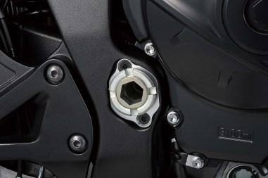 2019-Suzuki-GSX-R1000-15