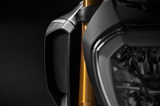 2019-Ducati-Diavel-1260-S-57