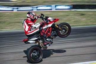 2019-Ducati-Hypermotard-950-SP-47