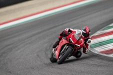 2019-Ducati-Panigale-V4-R-25