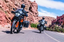 2019-KTM-790-Adventure-07