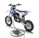 2020-Husqvarna-EE-5-electric-dirt-bike-03
