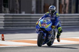 ECSTAR-Suzuki-MotoGP-Valencia-Test-13