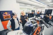 KTM-Racing-KTM-Tech3-MotoGP-Valencia-Test-08