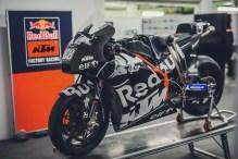 KTM-Racing-KTM-Tech3-MotoGP-Valencia-Test-09