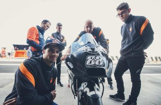 KTM-Racing-KTM-Tech3-MotoGP-Valencia-Test-40
