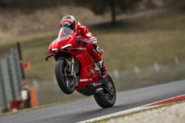 Ducati-Panigale-V4-R-140