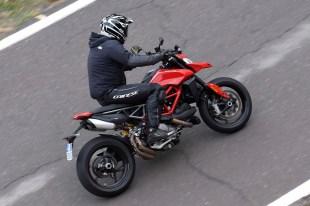 2019-Ducati-Hypermotard-950-press-launch-17
