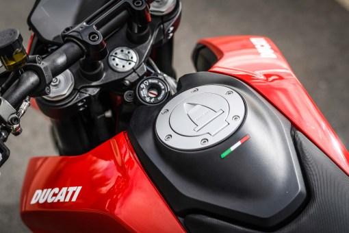 2019-Ducati-Hypermotard-950-press-launch-static-22