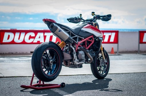 Ducati-Hypermotard-950-SP-Ducati-Performance-launch-JJB-03