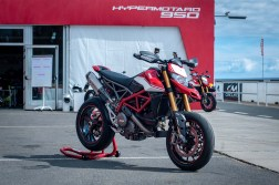 Ducati-Hypermotard-950-SP-Ducati-Performance-launch-JJB-05