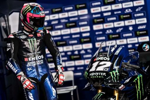 2019-Monster-Yamaha-MotoGP-Maverick-Vinales-32