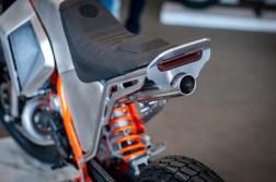 Moto-Mucci-KTM-300-XCW-street-tracker-06
