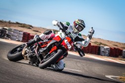 Ruben-Xaus-Ducati-Hypermotard-950-slide-03