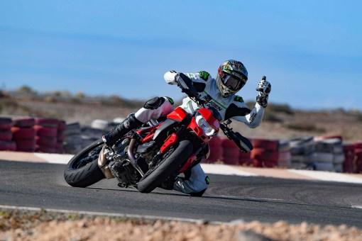 Ruben-Xaus-Ducati-Hypermotard-950-slide-12