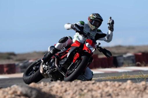Ruben-Xaus-Ducati-Hypermotard-950-slide-26