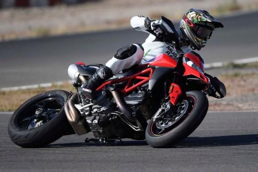 Ruben-Xaus-Ducati-Hypermotard-950-slide-45