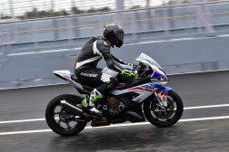 2019-BMW-S1000RR-Estoril-press-launch-13