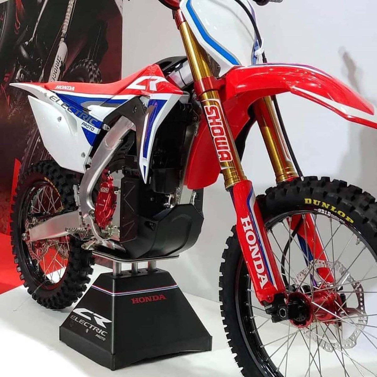 Honda-CR-Electric-dirt-bike-prototype-01