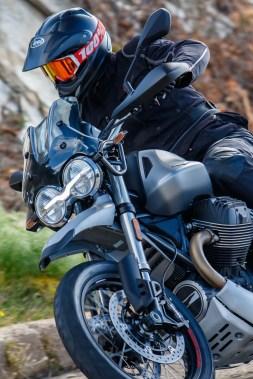 Moto-Guzzi-V85-TT-Sardinia-Jensen-Beeler-15