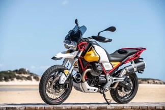 Moto-Guzzi-V85-TT-Sardinia-static-50