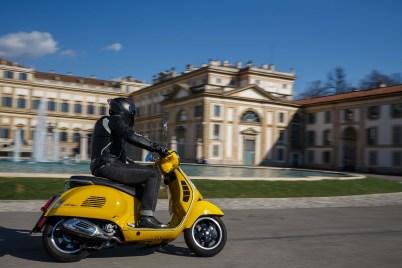 Vespa-GTS-300-Milan-Milagro-21