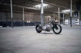 Revival-Cycles-BMW-R1800-custom-16