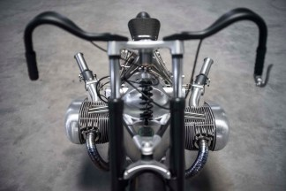 Revival-Cycles-BMW-R1800-custom-22