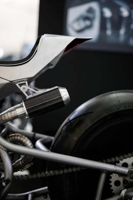 Aprilia-SXV-SCM-Simone-Conti-Motorcycles-09