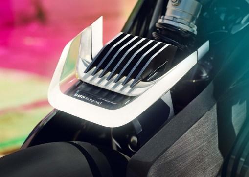 BMW-Motorrad-Vision-DC-Roadster-concept-08